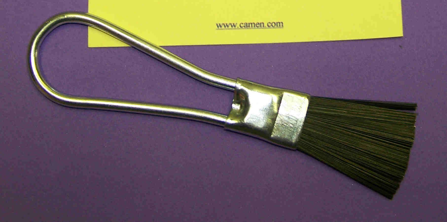 Braid/chassis brush